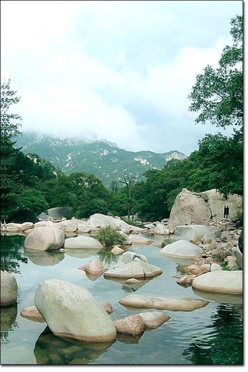华楼游览区位于崂山风景区
