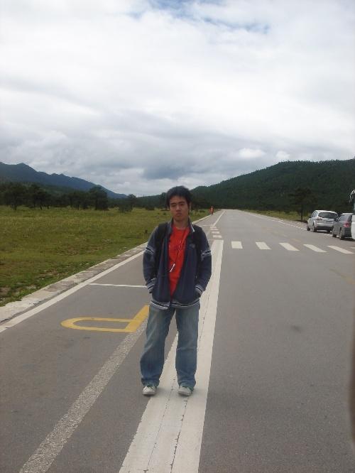 云南道路风景图片